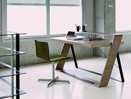 Moderny pracovny stol