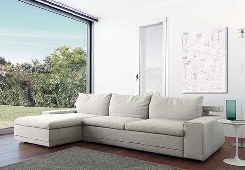 Biela sedačka - alcantara
