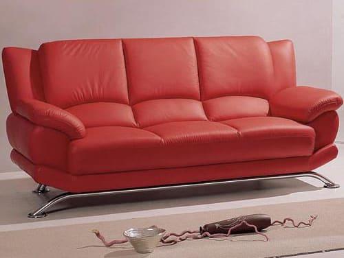Červená kožená sedačka