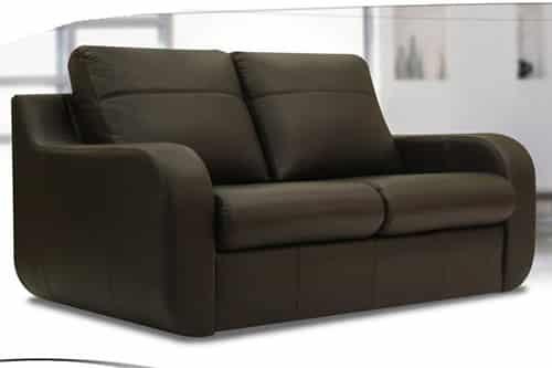 Čierna kožená sedačka