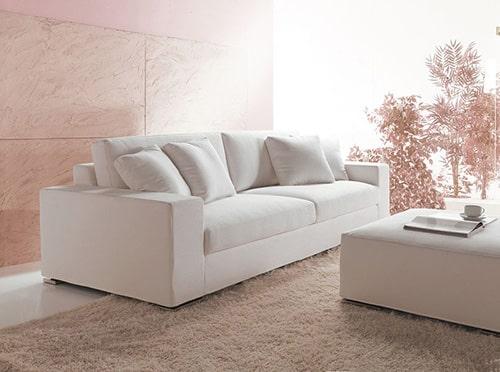 Biela sedačka alcantara