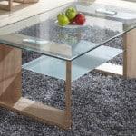 Jednoduchý sklenený konferenčný stolík