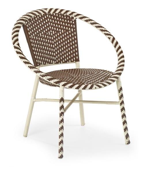 Moderná ratanová stolička