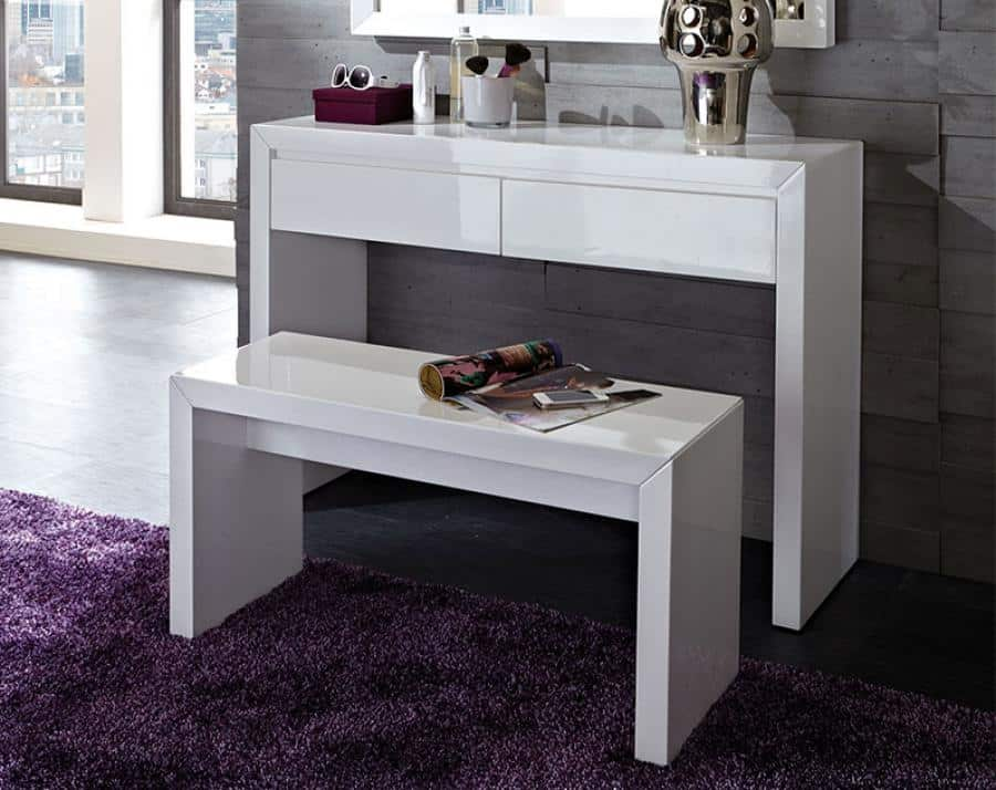 Biely toaletny stolik